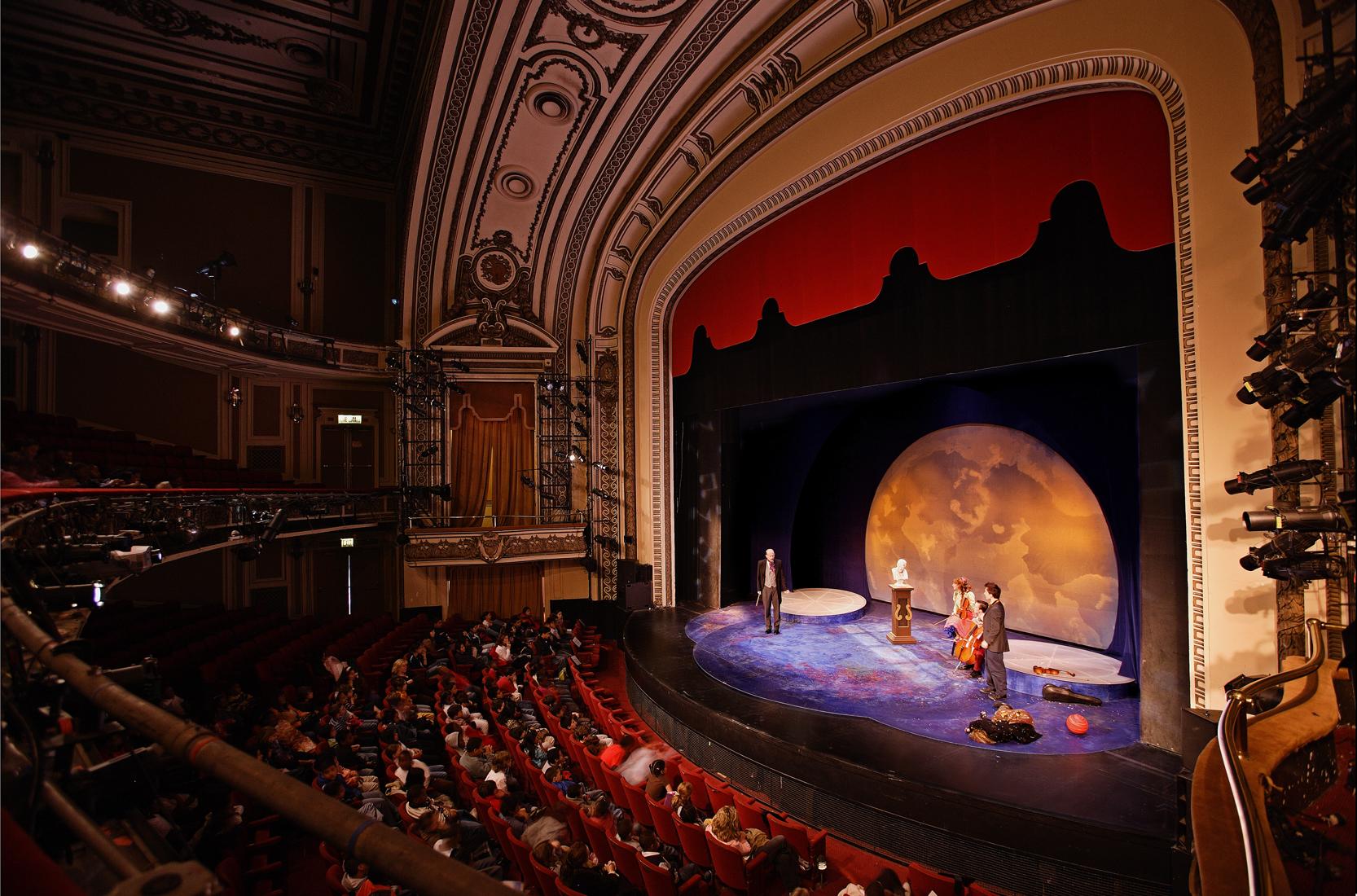teatrelor-27072015