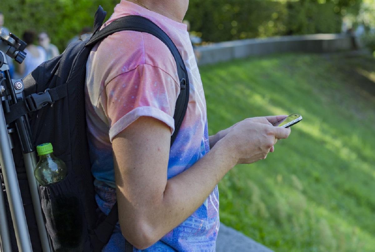 Telefonul mobil ne este prieten, dar ne poate fi si dusman. Dependenta de smartphone a fost comparat adesea cu dependenta de droguri.