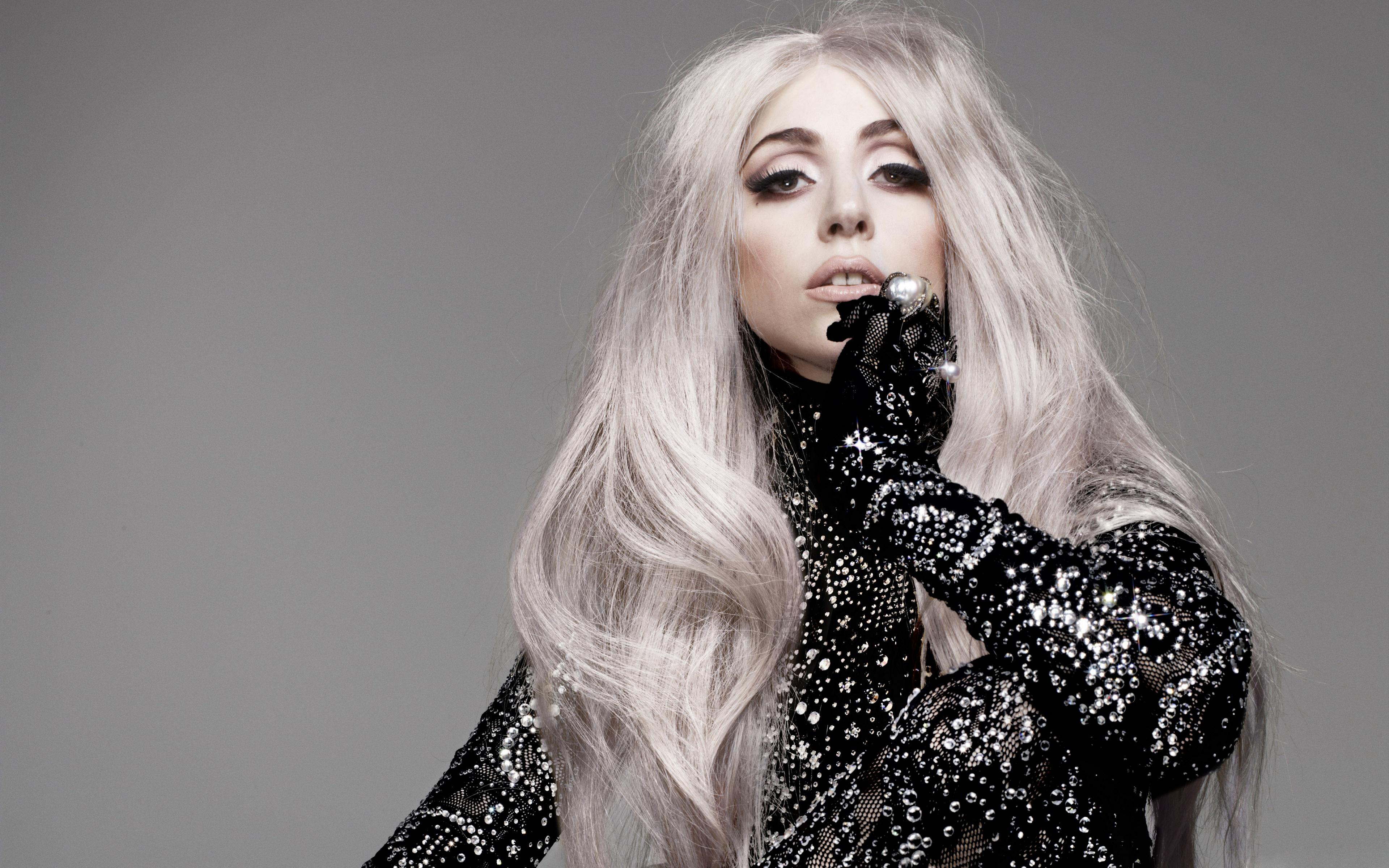 Lady Gaga, manechin pentru o zi