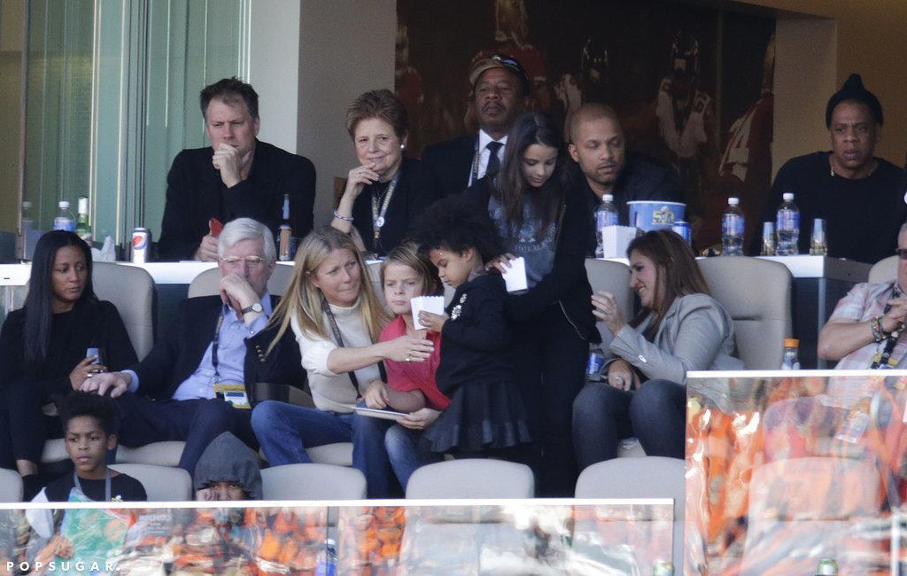 Beyonce si-a lasat fiica pe mana actritei Gwyneth Paltrow la Super Bowl