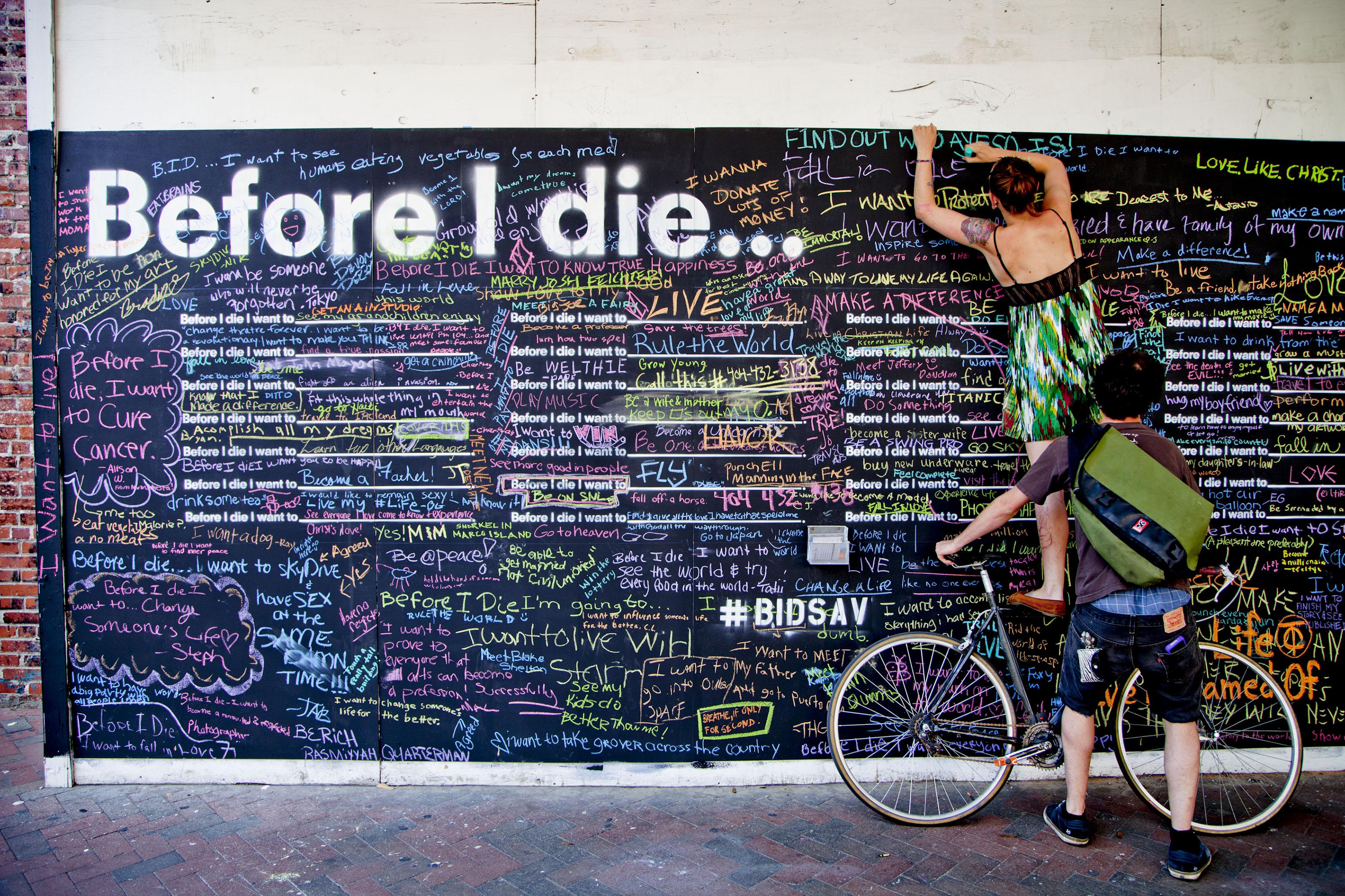 "Cele mai emotionante mesaje din proiectul ""Inainte sa mor, as vrea sa ..."""