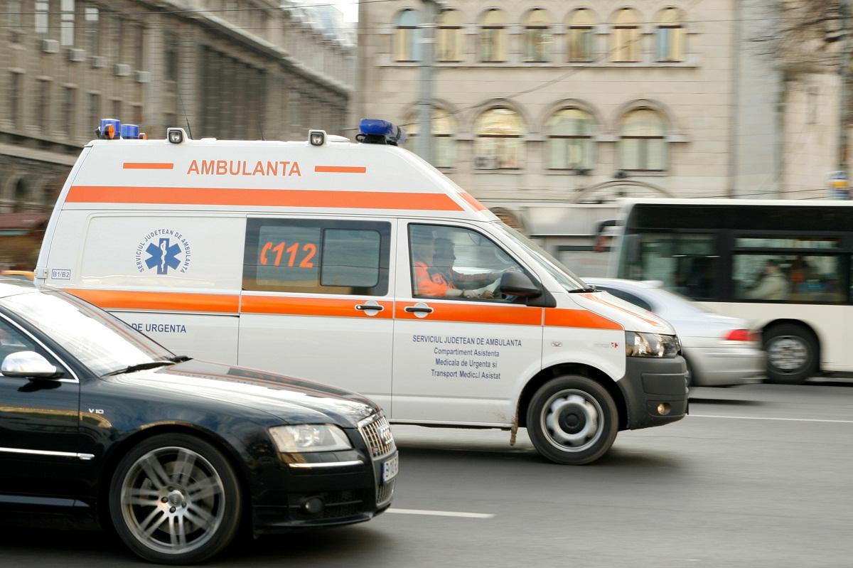 Un copil a murit in parcul IOR din Capitala, dupa ce a acazut dintr-un copac.