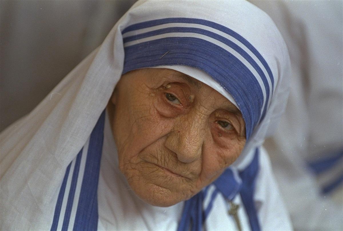 Celebra calugarita Maica Tereza va fi proclamata sfanta. Ceremonia de canonizare va avea loc in luna septembrie a acestui an.