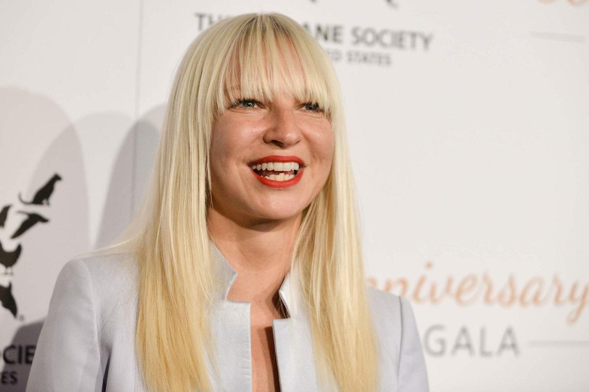 CONCERT SIA in ROMANIA. Cantareata australianca Sia va concerta in Romania, in cadrul Zutopia Music Festival.