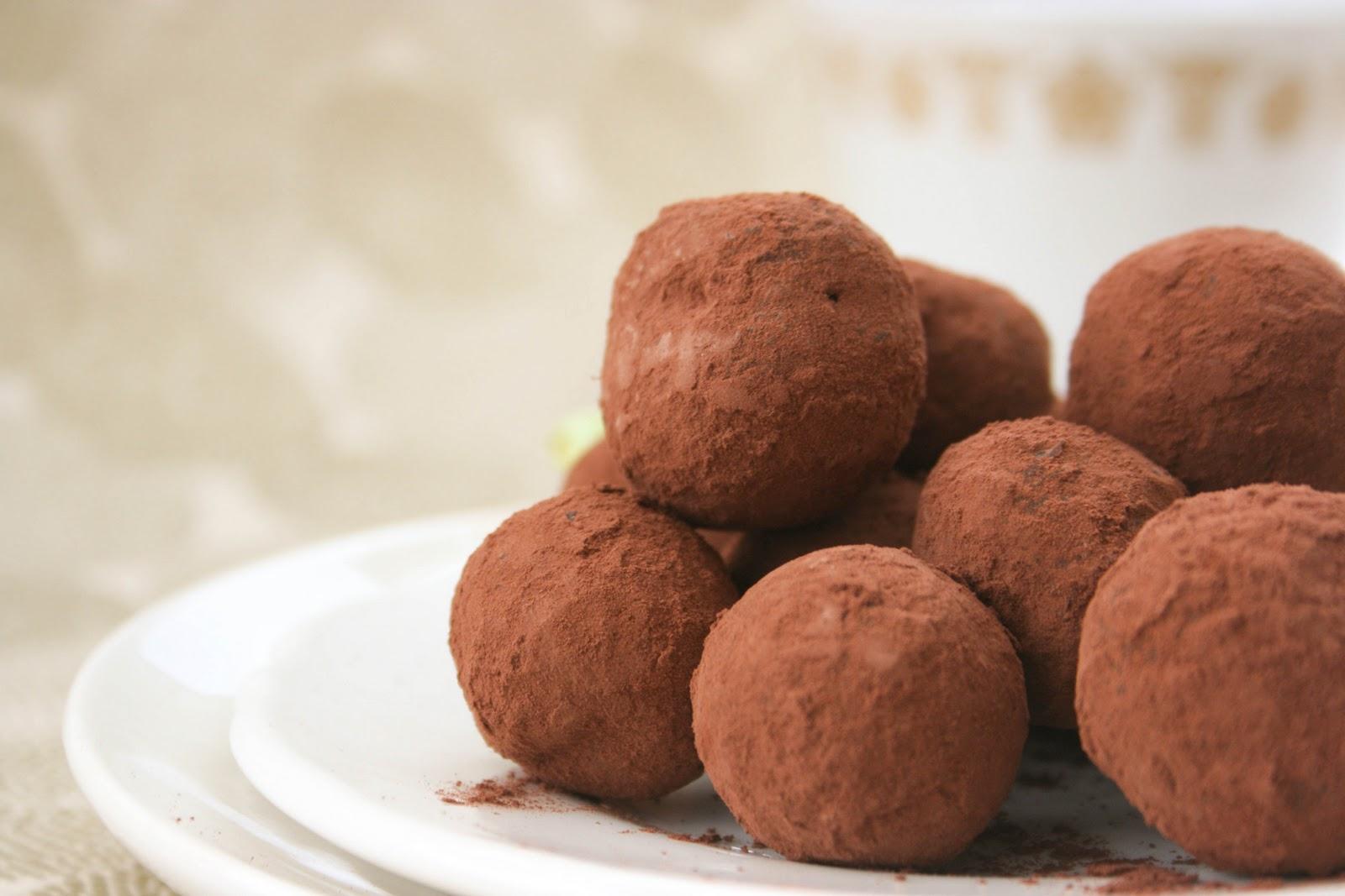 Desert de post: Trufe cu ciocolata
