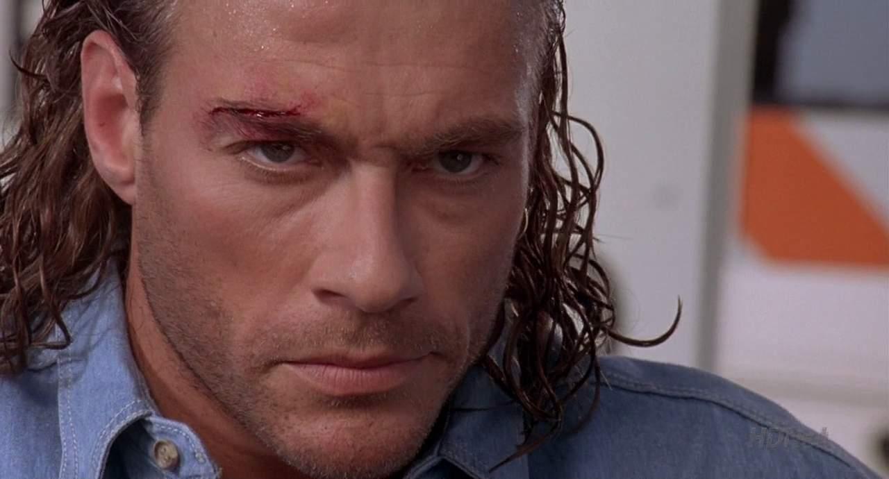 Jean Claude Van Damme a avut probleme la un club din Centrul Vechi din Bucuresti.