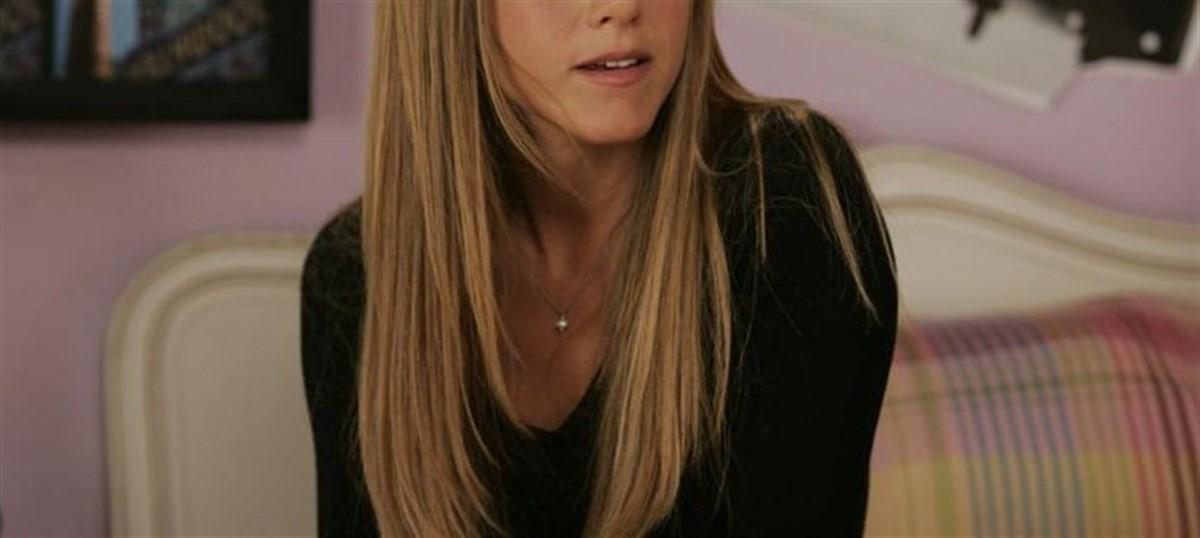 Actrita Jennifer Aniston (47 de ani) a fost desemnata cea mai frumoasa femeie din lume, de catre revista People.