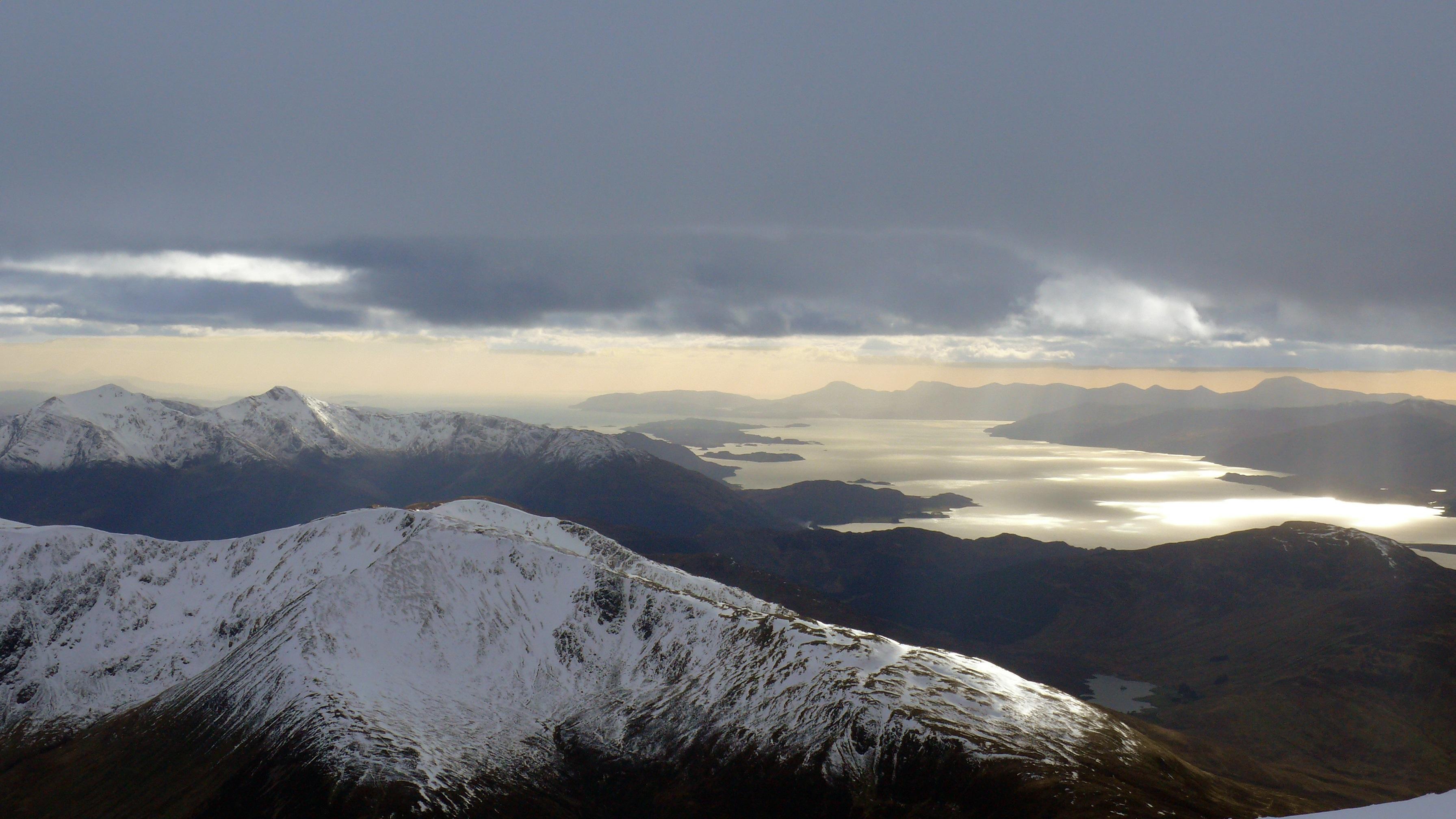 Prognoza meteo nu suna grozav pentru cei care vor sa aleaga zona montana pentru minivacanta de 1 mai. Vremea de Paste 2016 la munte nu se anunta foarte buna