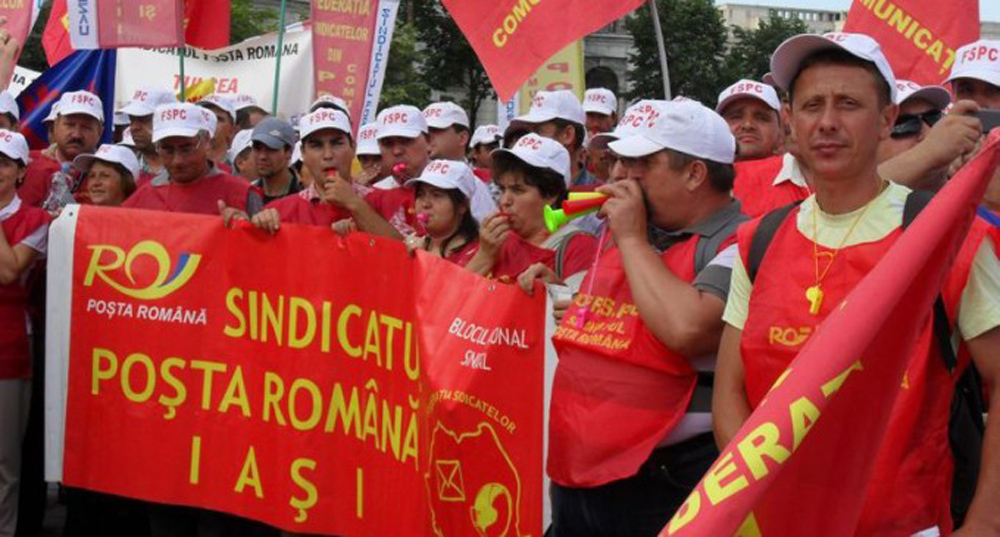 A doua zi de proteste in epoca Ciolos. Mii de postasi in Piata Victoriei