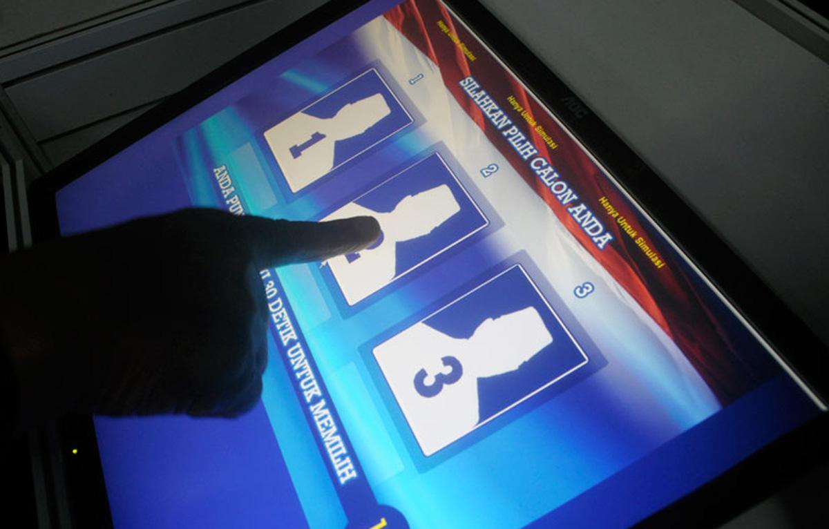 ALEGERI LOCALE 2016 - Votul electronic si riscurile sale