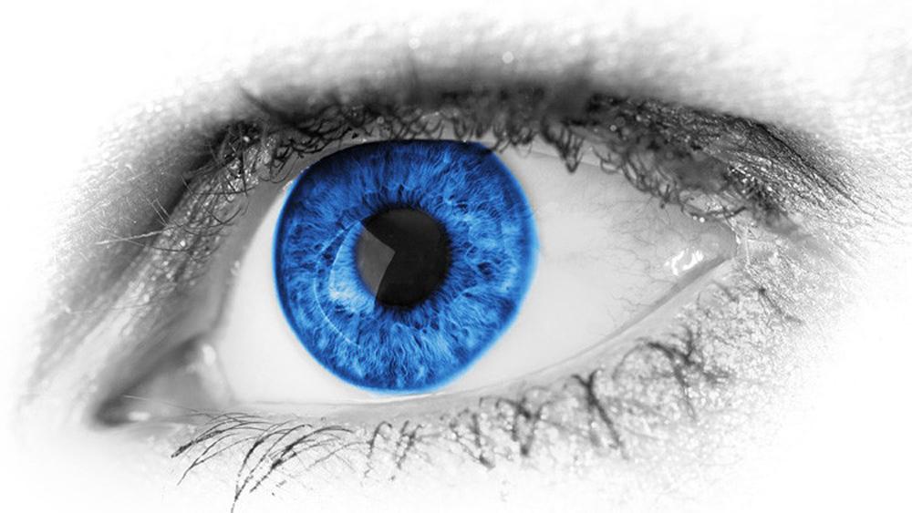 Sony produce lentile de contact care inregistreaza si reproduc videoclipuri