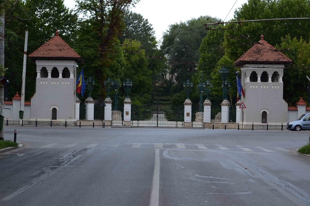 Un grav incident a avut loc la Palatul Cotroceni, la receptia organizata de Ziua Europei. Un general batran a lesinat si a avut nevoie de asistenta!