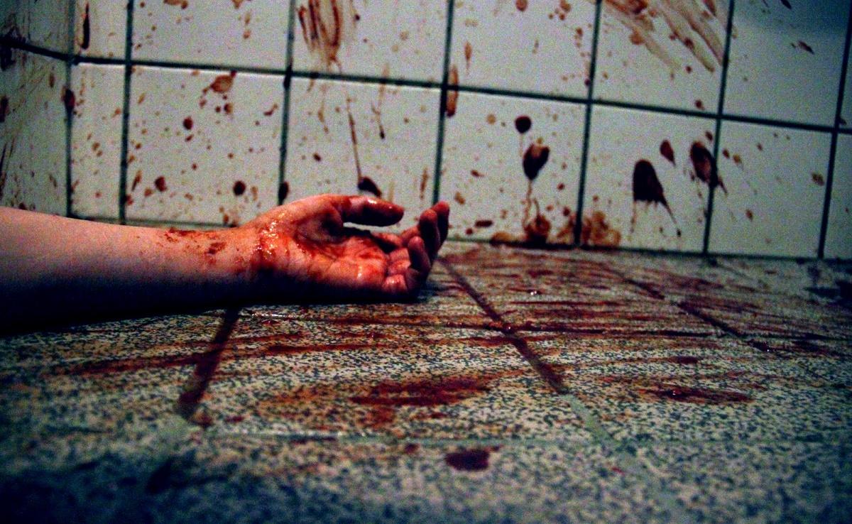O crima cumplita a avut loc vineri noaptea in Constanta. O femeie a fost omorata intr-un chiosc de ziare de un individ necunoscut.