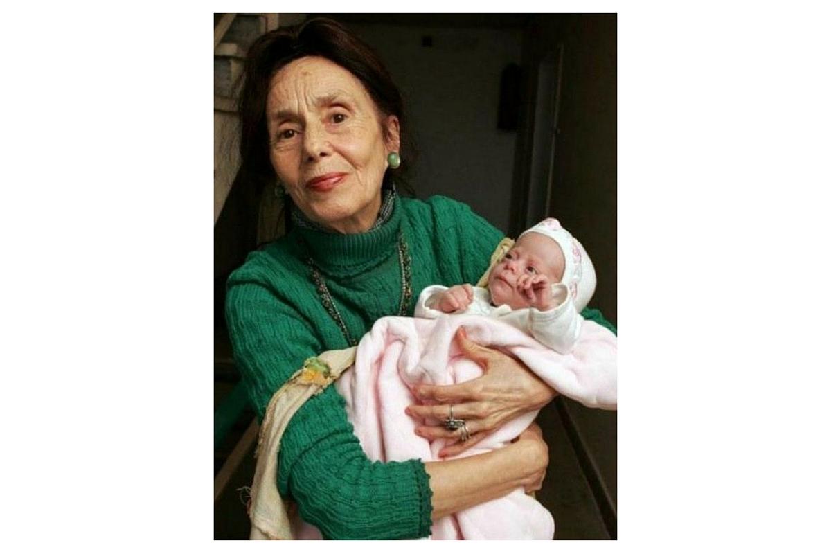 Fetita Adrianei Iliescu, cea care a detinut recordul pentru cea mai batrana mama din lume, a implinit, de curand, 11 ani.