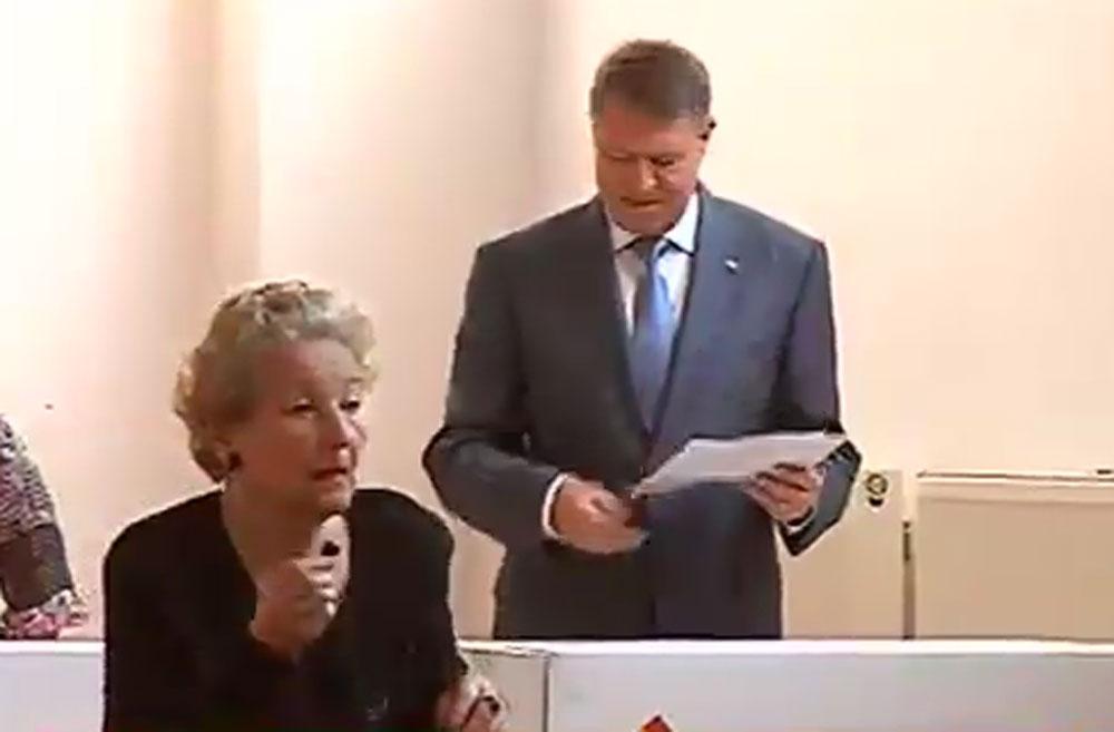 ALEGERI LOCALE 2016. Klaus Iohannis a votat in deplina tacere