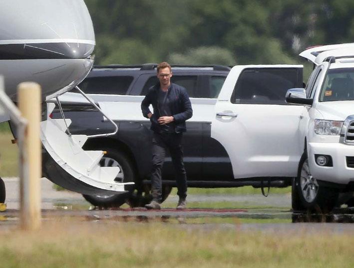 IMAGINI-DE-SENZATIE-cu-Taylor-Swift-si-noul-ei-iubit,-Tom-Hiddleston-6