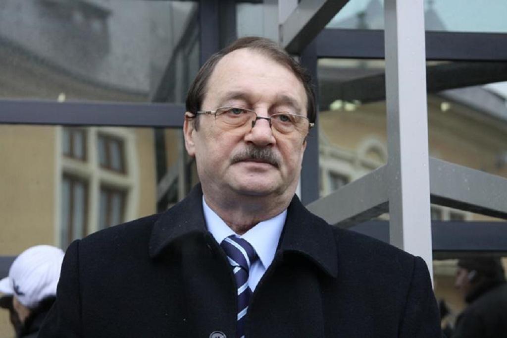 Mircea Basescu a fost condamnat definitiv la 4 ani de inchisoare