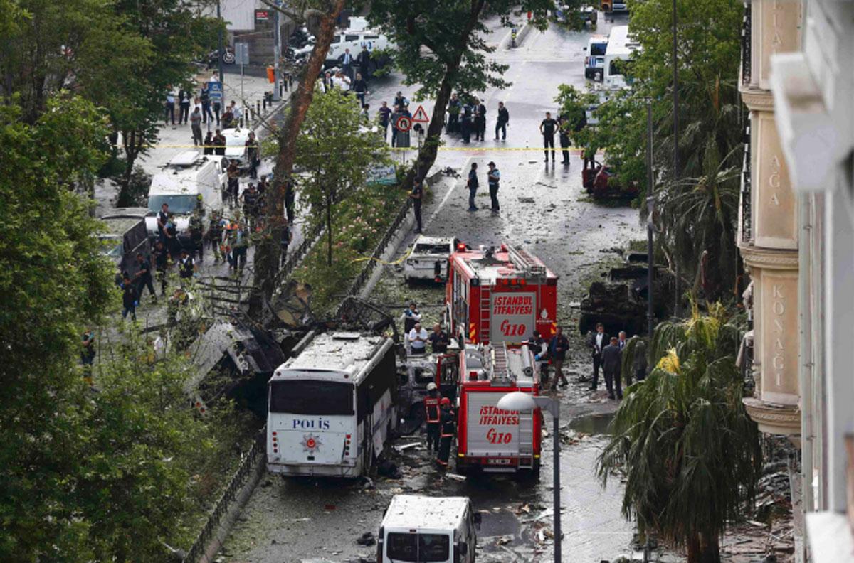ULTIMA ORA. Atentat terorist in Istanbul, intr-o zona plina cu turisti - 5 victime