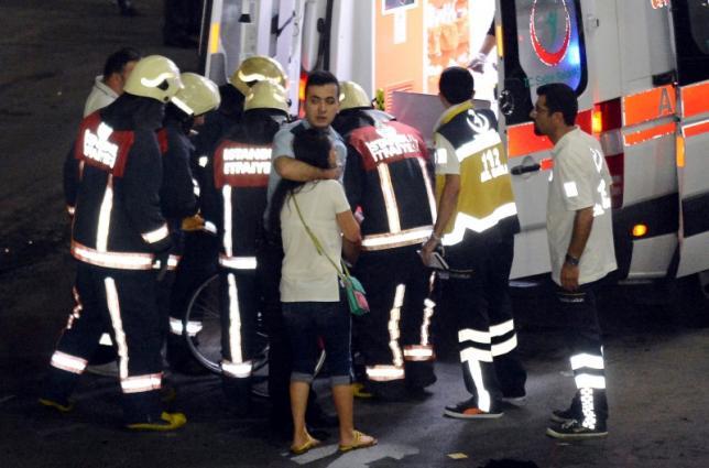 ATENTAT TERORIST in Turcia - EXPLOZII pe aeroport in INSTANBUL Ataturk 28 DE MORTI
