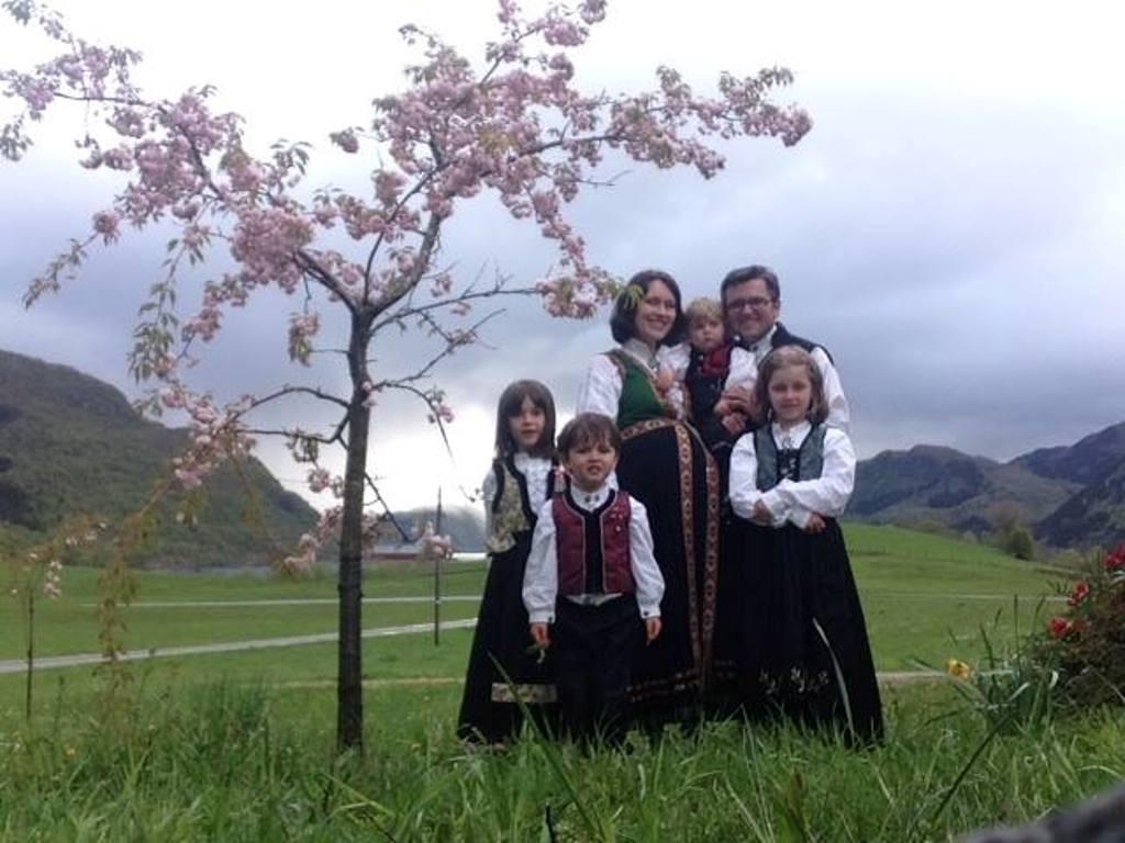 Autoritatile norvegiene au fost de acord sa inapoieze copiii sotilor Bodnariu. Familia Bodnariu va fi, astfel, reintregita.