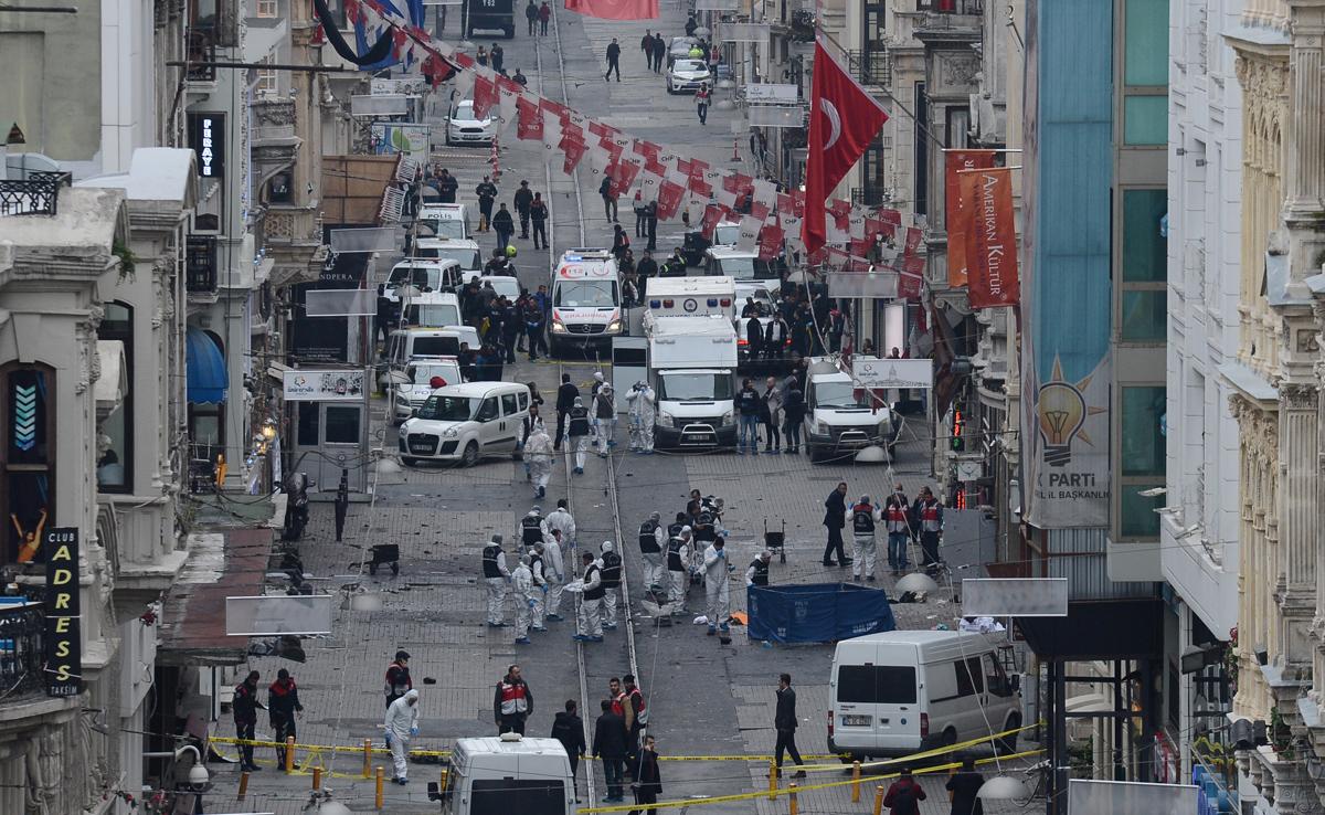 ATENTAT TERORIST IN TURCIA. 3 oameni ai legii au fost omorati