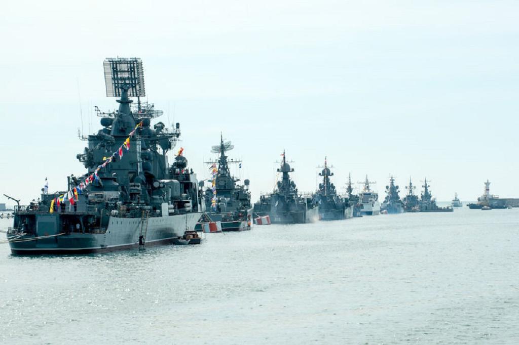 Rusia ameninta ca va reactiona daca flota NATO va fi creata in Marea Neagra