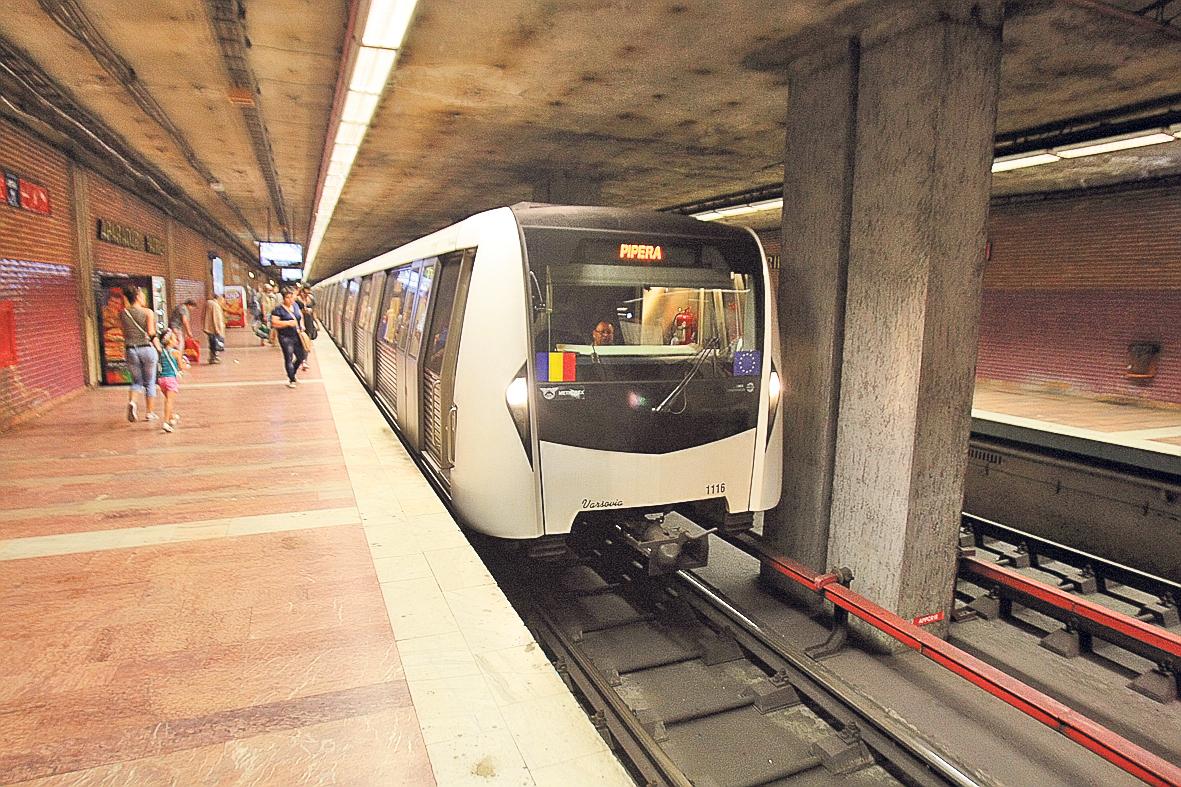 Circulatia a fost blocata la metrou, miercuri dimineata, 13 iulie 2016, dupa un incident petrecut la statia Constantin Brancoveanu de pe M2.