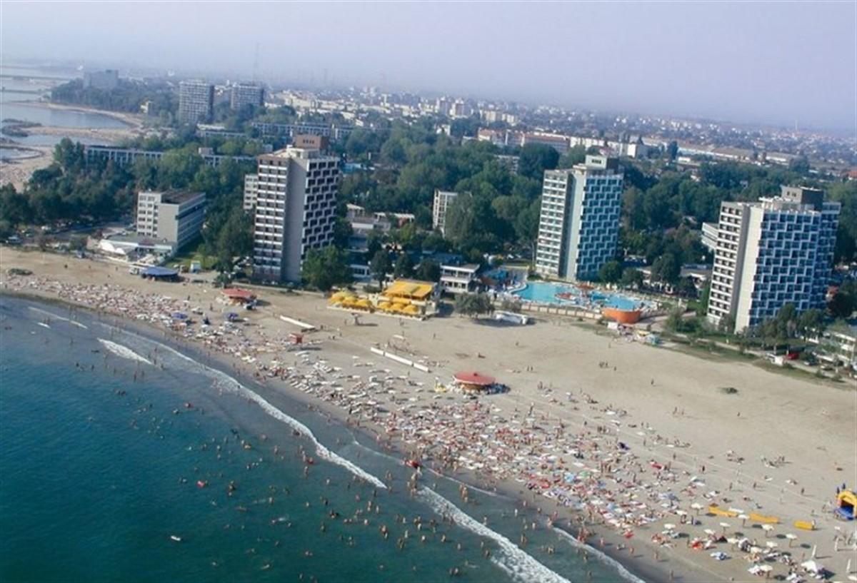 Mancare exprirata si mizerie in hotelurile, restaurantele si cluburile de pe litoral