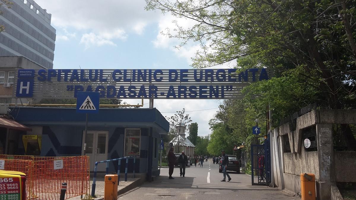 Managerii de la Bagdasar-Arseni si Institutul Oncologic au fost trimisi in judecata pentru luare de mita.