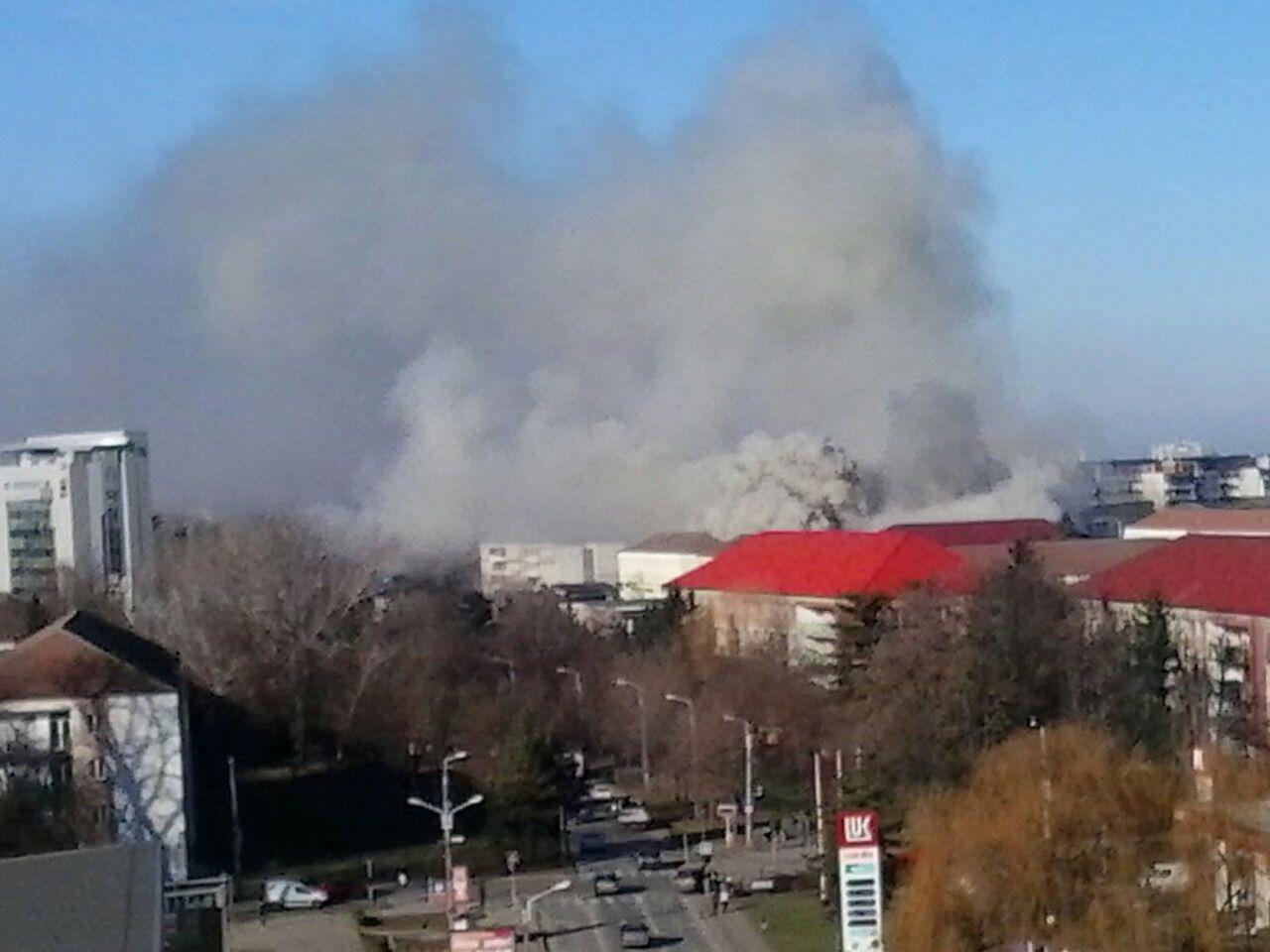 BUCURESTI: INCENDIU in ORASELUL COPIILOR din PARCUL ...  |Incendiu Bucuresti