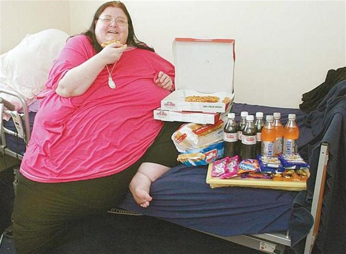 A MURIT după ce a consumat un număr record de calorii! Nici medicilor nu le-a venit să creadă!