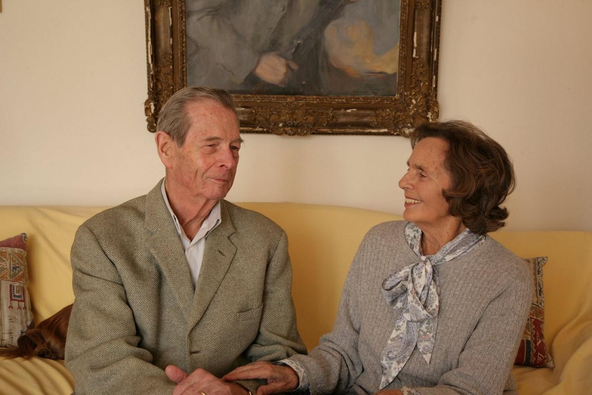 Agenţiile internaţionale de presă au anunţat decesul Reginei Ana a României, care a încetat din viaţă luni, la un spital din Elveţia, la vârsta de 92 de ani, şi au prezentat scurte biografii ale acesteia, potrivit News.ro.