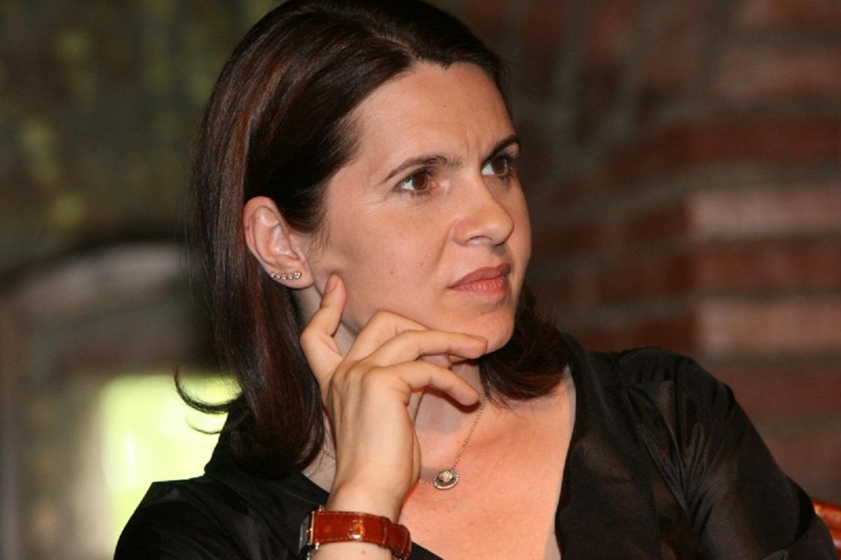 Adriana Săftoiu cere audierea Ecaterinei Andronescu la Comisia pentru Drepturile Omului