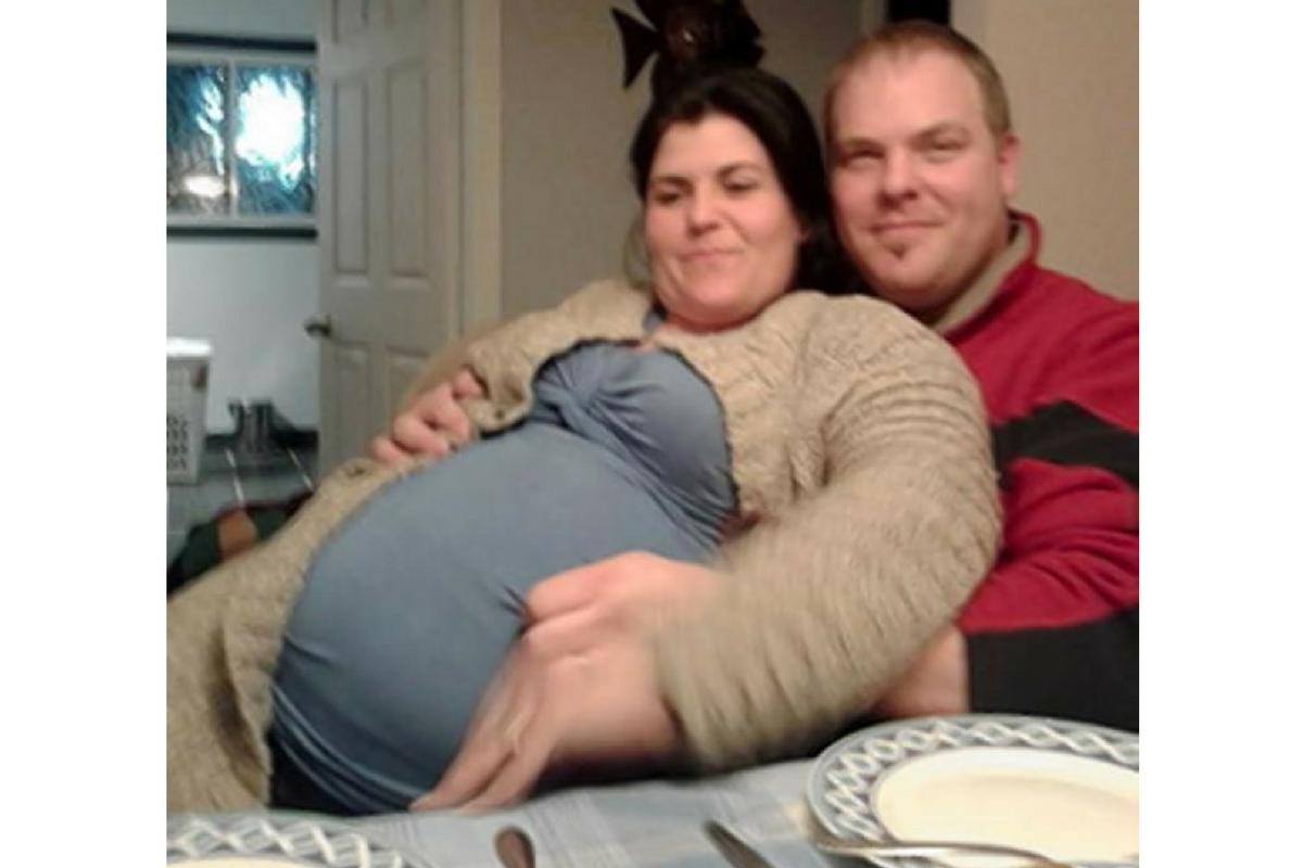 Un barbat din Canada a crezut ca iubita sa va aduce pe lume cinci copii. Dupa noua luni, cand a ajuns cu aceasta la spital, a avut un soc