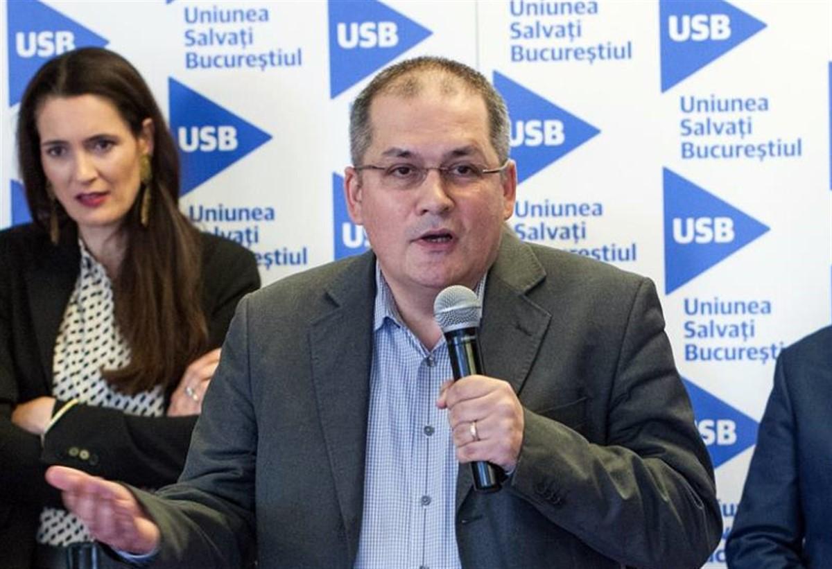 Dumitru Dobrev (USR) isi va da demisia din functia de consilier general al municipiului Bucuresti, dupa ce a votat un proiect in locul lui Nicusor Dan.