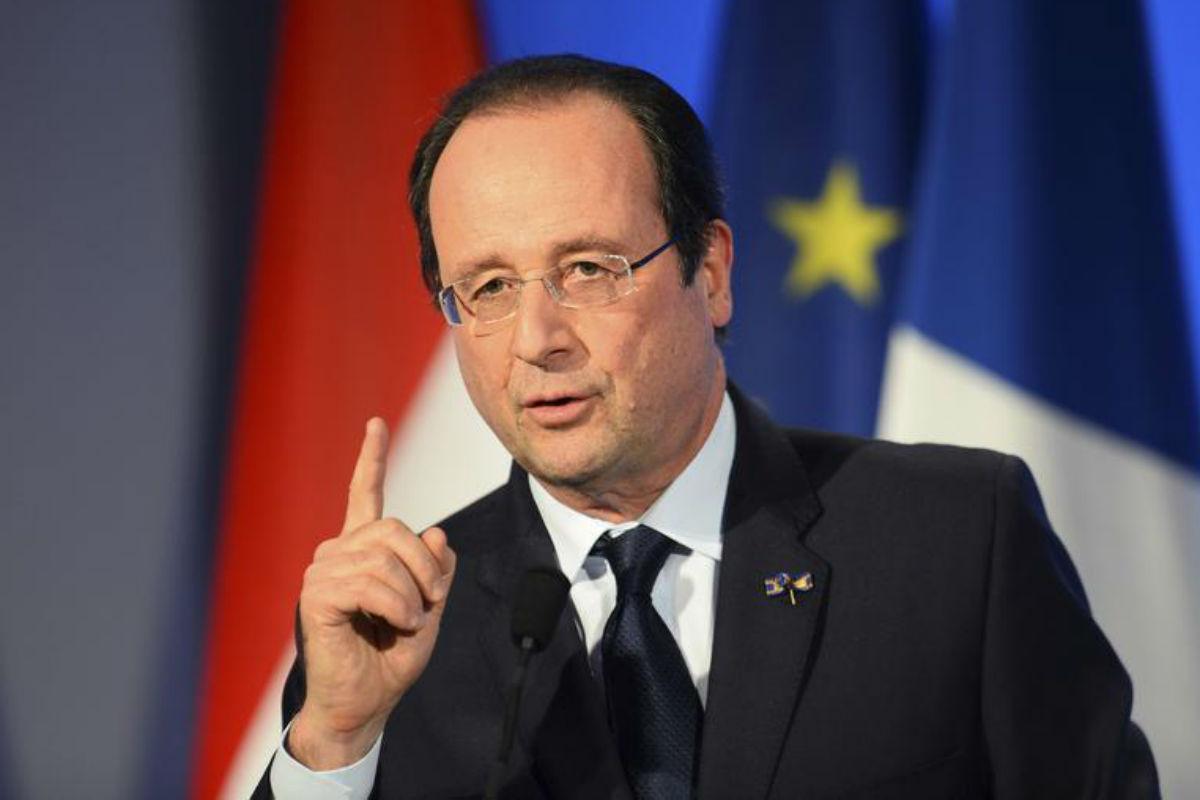 Presedintele Francois Hollande a declarat ca un grup de teroristi a fost anihilat, dar mai exista altele, referindu-se la atentatul dejucat de la Notre Dame