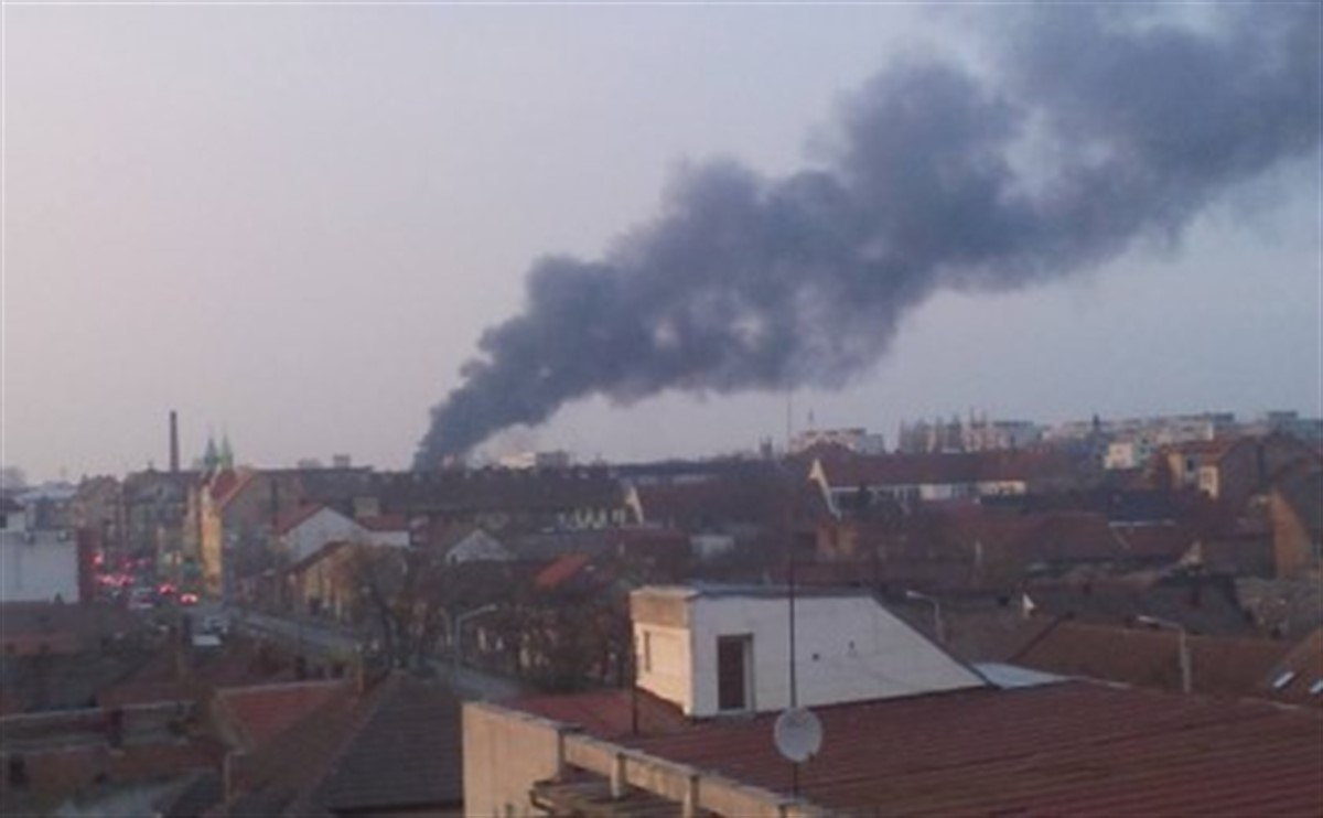 Incendiu la o cladire de langa Gara de Nord!
