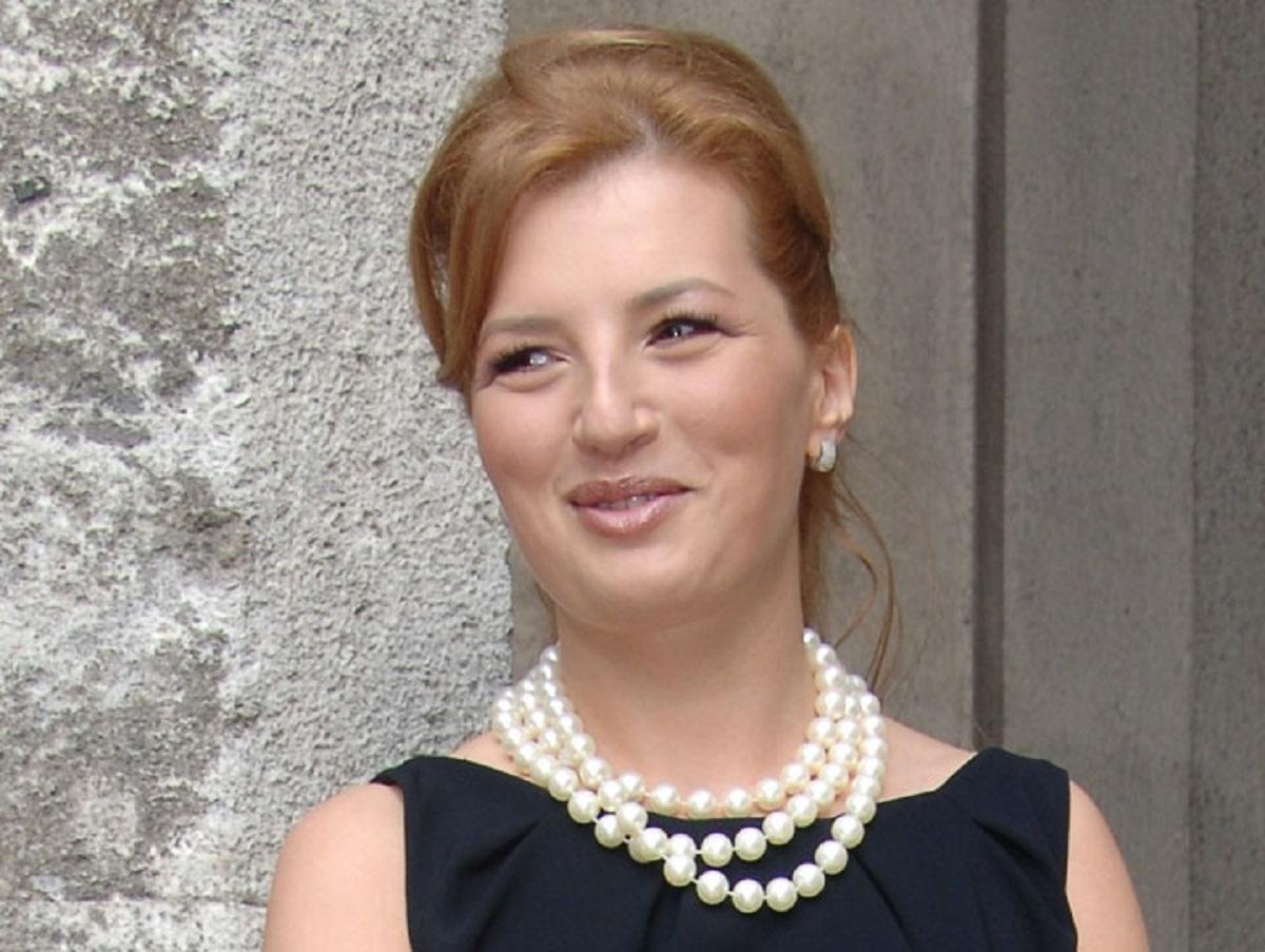 Ioana Băsescu, audiată la sediul DNA