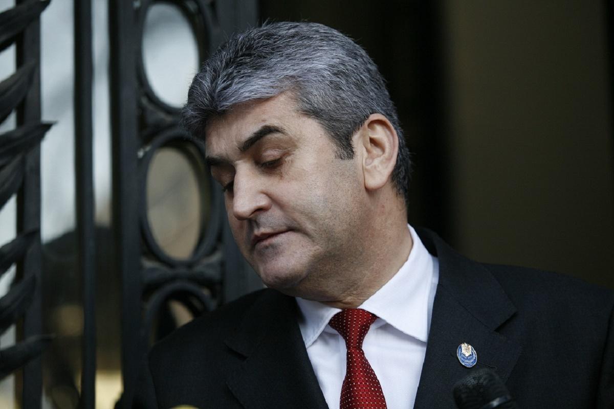 Procurorul general al Romaniei, Augustin Lazar, a solicitat Senatului sa formuleze cererea de efectuare a urmaririi penale in cazul lui Gabriel Oprea.