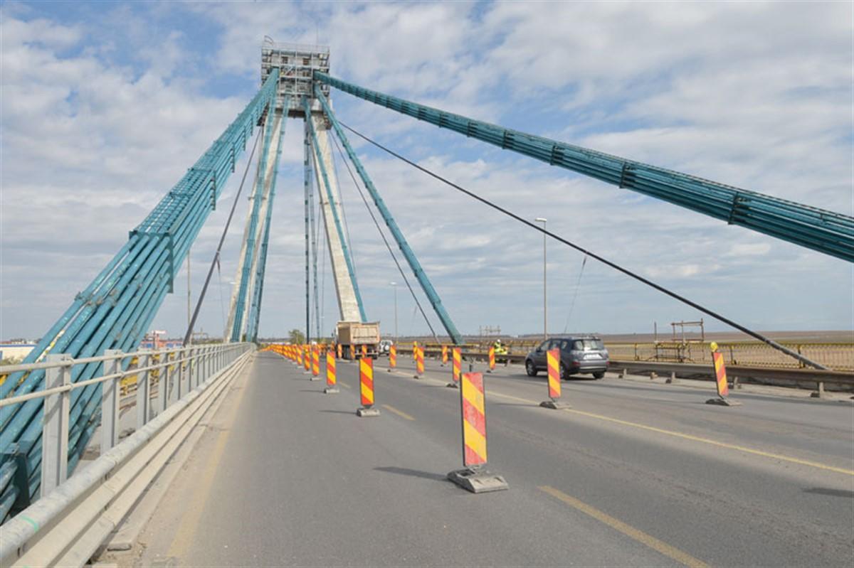 Circulatia autovehiculelor va fi inchisa pe Podul Agigea in perioada 12 septembrie - 30 noiembrie 2016, a anuntat CNADNR.
