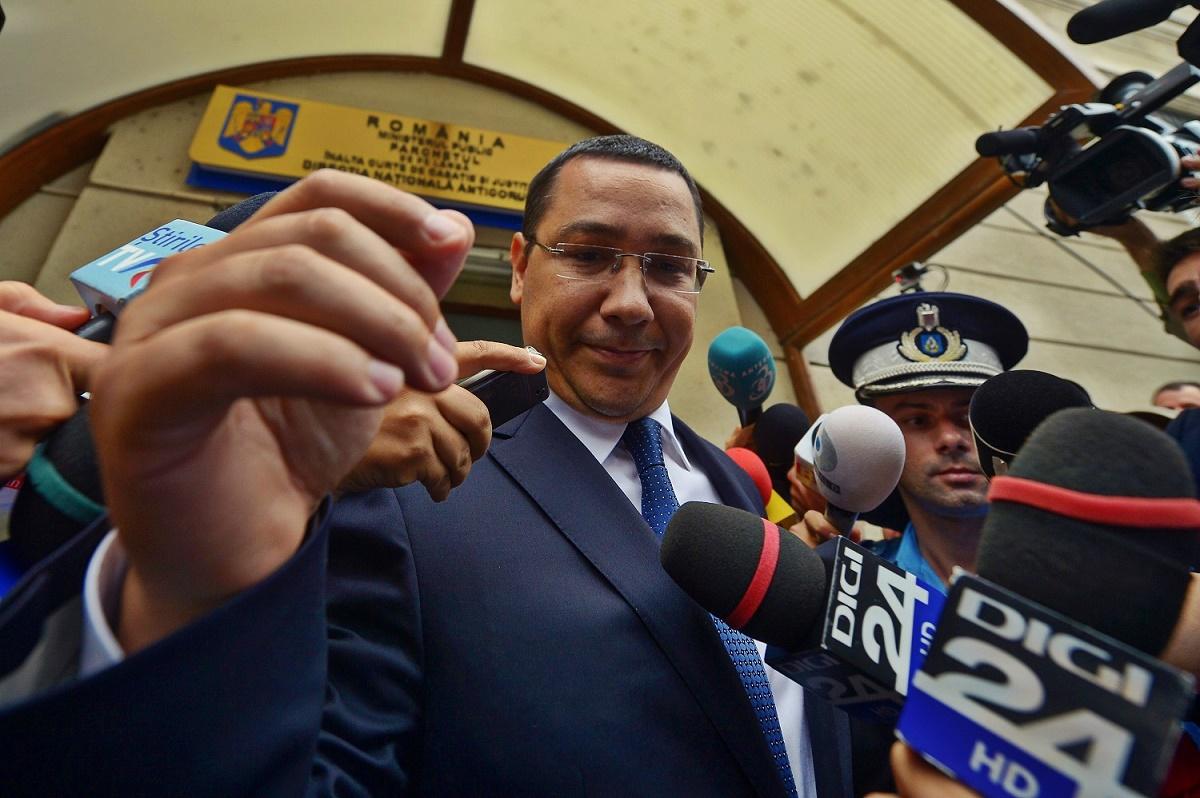 Ponta: Băsescu este exact Victor Frankestein; dacă nu a citit romanul la timpul potrivit, acum se jeluieşte degeaba