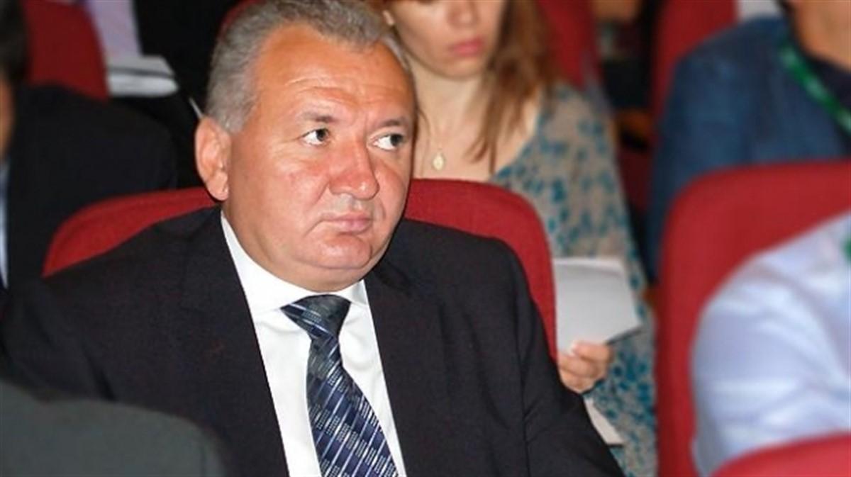 Sorin Chelmu urmează să fie demis din funcția de secretar general al Guvernului de premierul Dacian Cioloș, anunță surse citate de agențiile de știri.