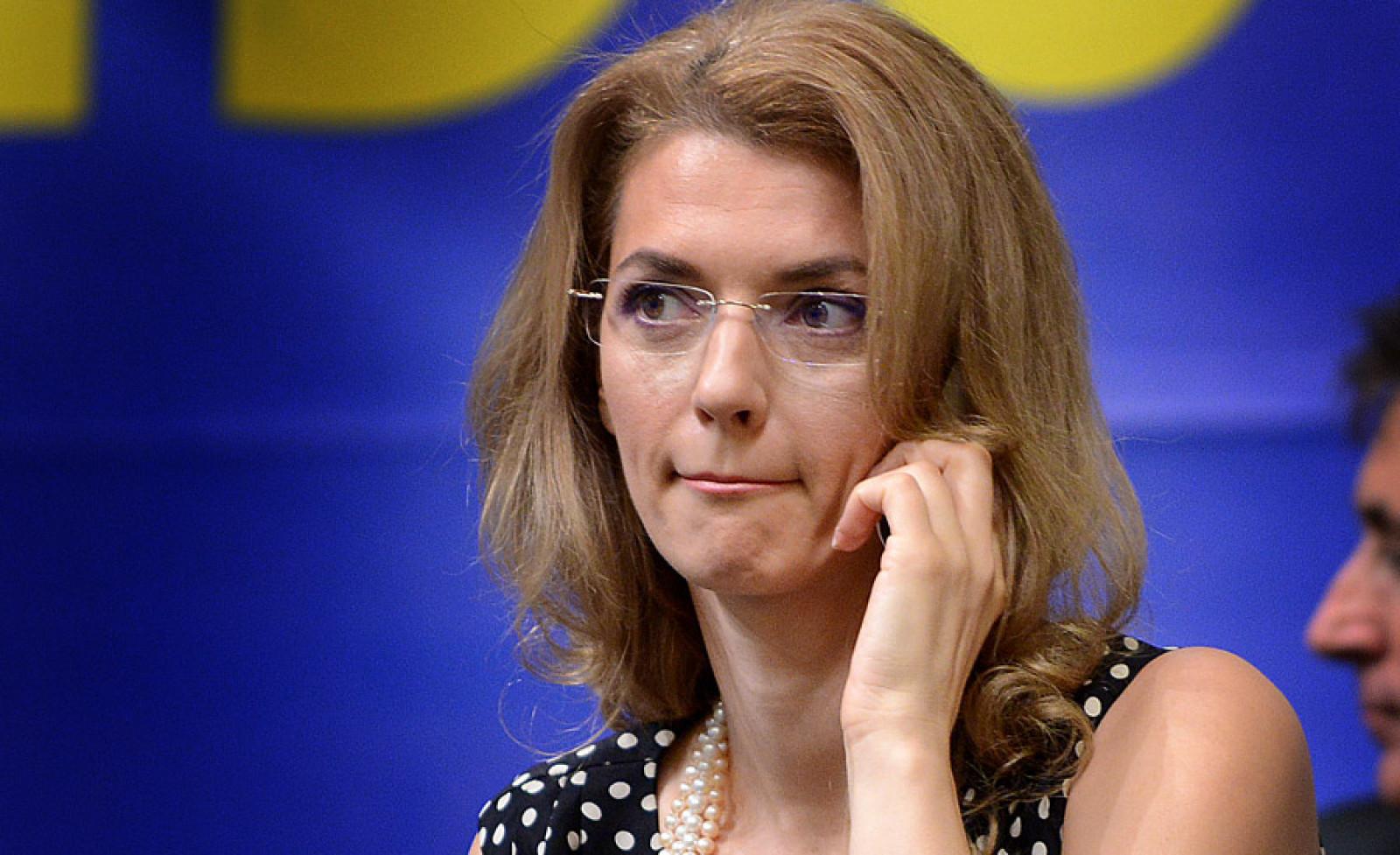 Președintele PNL Alina Gorghiu a declarat, la Timișoara, că își va da demisia în cazul în care liberalii nu vor reuși să facă majoritatea după alegeri.
