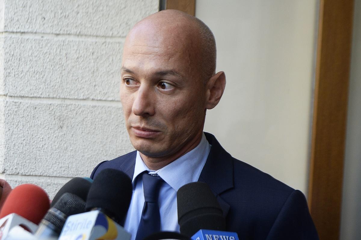 Olteanu a profitat de faptul că era al treilea om în stat ...  |Bogdan Olteanu