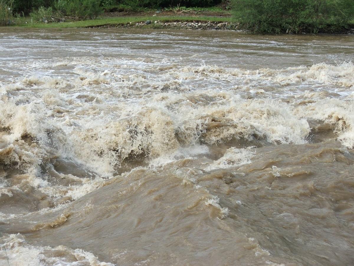 Un cod portocaliu de inundații a fost emis de către hidrologi, pentru mai multe județe ale țării.