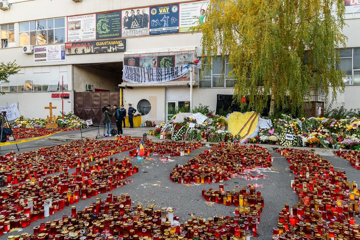 A trecut un an de la tragedia din Colectiv, evenimentul în care au murit 64 de oameni. Iată filmul evenimentelor care au dus la acest dezastru.