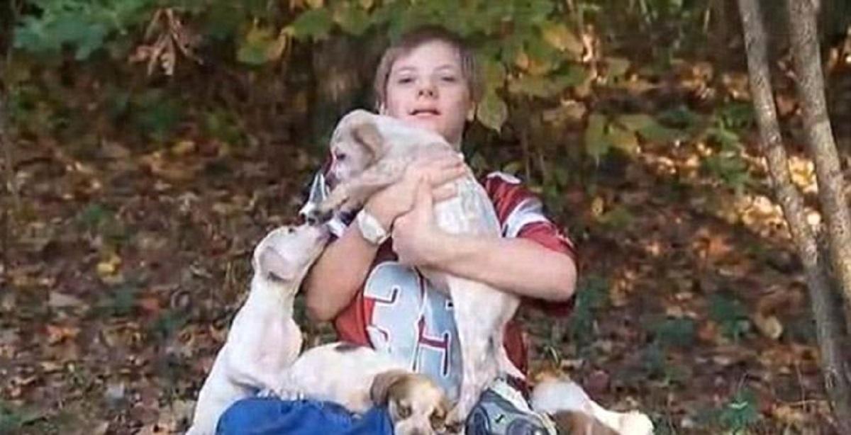 Un băiețel cu sindromul Down a dispărut de acasă. Cum a fost găsit după mai bine de 18 ore