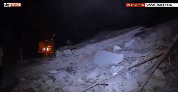 Update 3 cutremure in italia 5 4 6 0 si 5 3 grade huff for Cu ci na roma