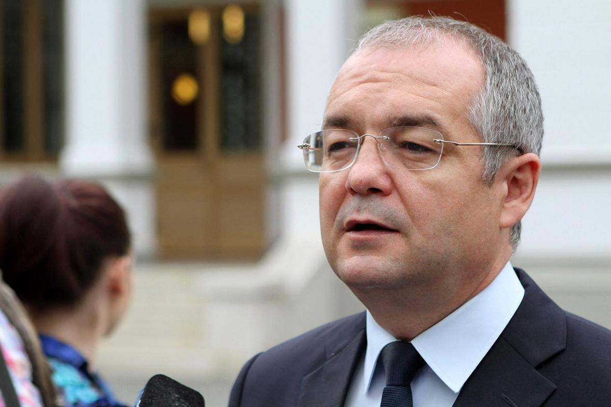 Emil Boc susținut de primari în tensiunile cu Ministerul Sănătății, iureș de declarații