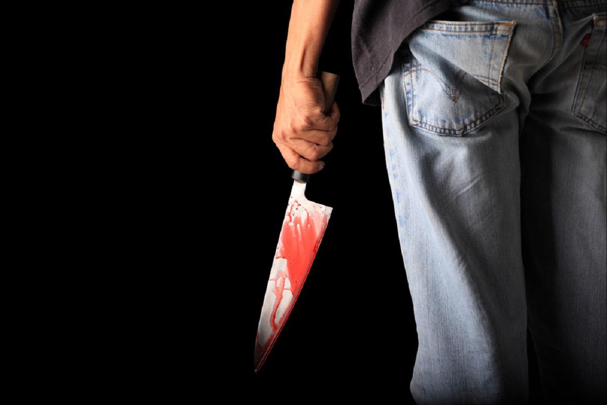Caz șocant în Sibiu! Un om al străzii a înjunghiat trei persoane
